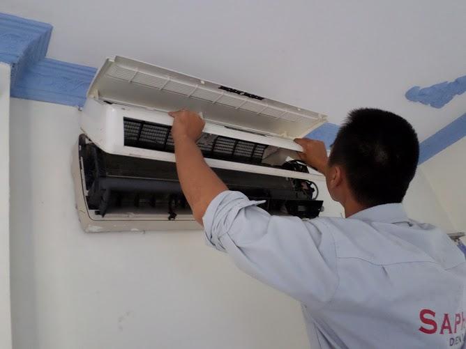 thợ đến sửa máy lạnh tại nhà Tân Uyên Bình Dương
